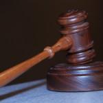 W wielu przypadkach ludzie chcą pomocy prawnika